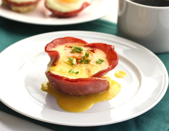 Eggs Benedict Breakfast Cups Recipe