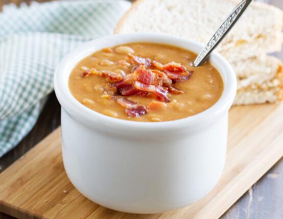 Homemade Bean and Bacon Soup Recipe