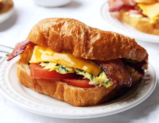 BLT Breakfast Sandwiches Recipe