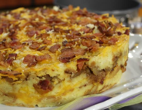 Cheesy Bacon and Apple Breakfast Cake Recipe