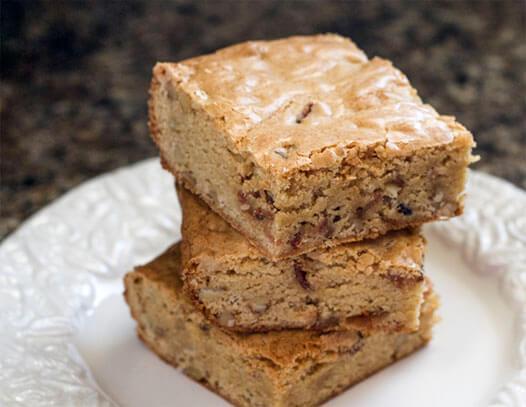 Maple Bourbon Bacon Blondies Recipe