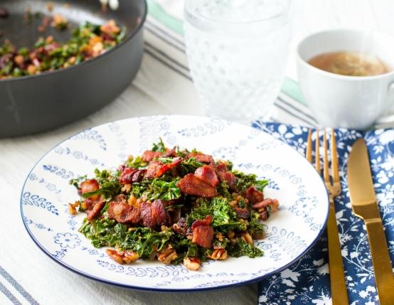 Paleo Bacon Pecan Kale