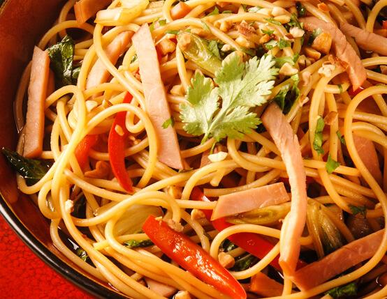 Szechuan-Style Lo Mein Recipe