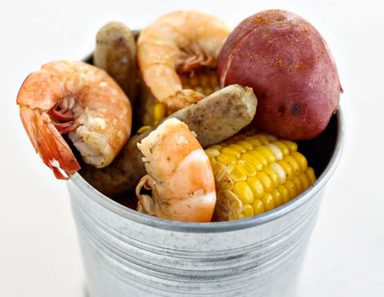 Low Country Boil with Pork Sausage Links